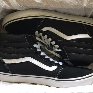 0d52ba22aa6864 Vans Shoes - Vans Ward Hi black and white